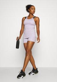 Nike Performance - PRO SHORT - Legging - infinite lilac/black - 1