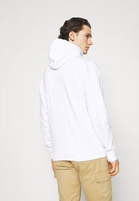 Tommy Jeans - STRAIGHT LOGO HOODIE - Mikina - white - 2