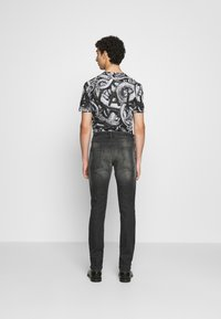 Just Cavalli - PANTALONE - Džíny Slim Fit - black - 2