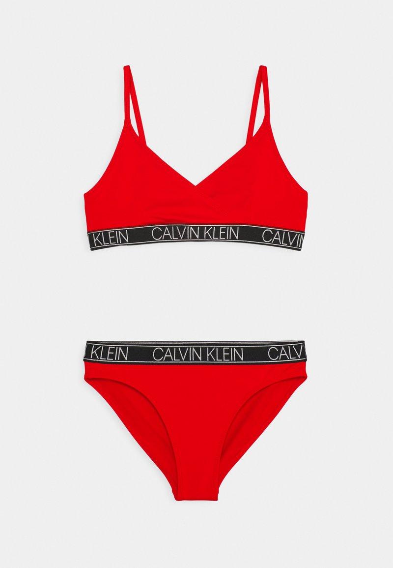 Calvin Klein Swimwear - TRIANGLE SET - Bikini - fierce red
