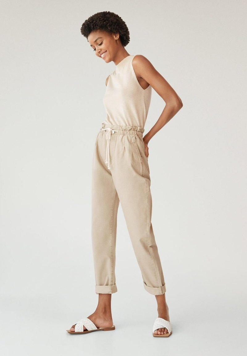 Mango - LOOSE - Jeansy Relaxed Fit - beige