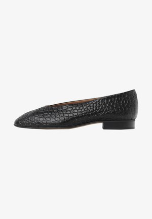 Ballet pumps - black croco