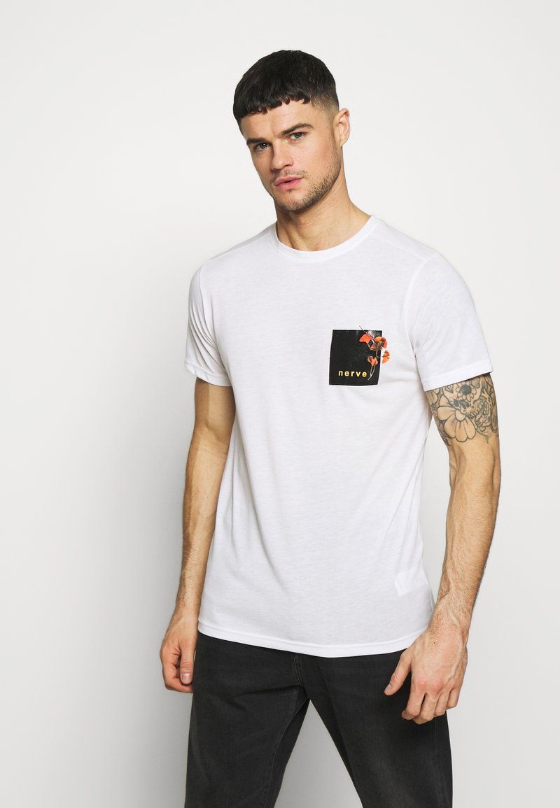 Nerve - NEPAL TEE - Print T-shirt - white