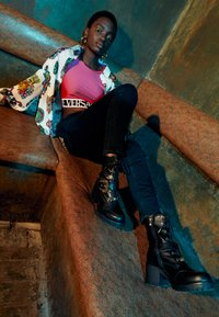 Versace Jeans Couture - Šněrovací kotníkové boty - nero - 1