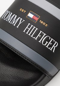 Tommy Hilfiger - CORPORATE  - Mules - black - 5
