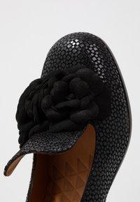 Chie Mihara - Classic heels - danko - 2