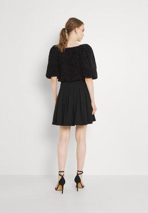 NMHEIDI SKIRT - Pleated skirt - black