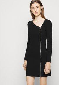 Patrizia Pepe - ABITO DRESS - Jersey dress - nero - 3