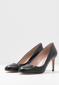 HUGO - ALLISON  - Classic heels - black - 4