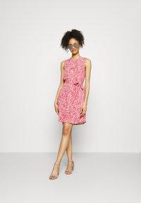GAP - Day dress - coral - 1