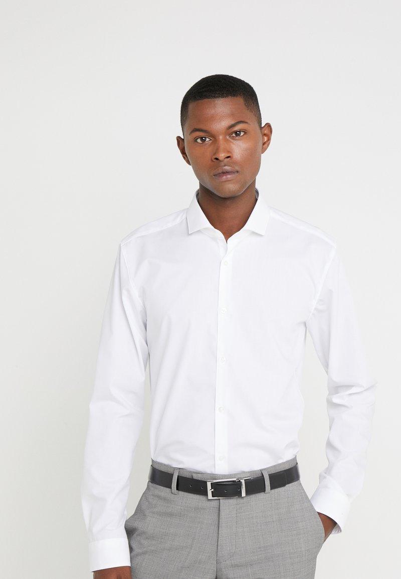 HUGO - ERRIKO EXTRA SLIM FIT - Formální košile - open white