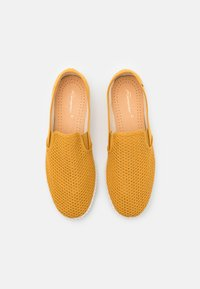 RIVIERAS - CLASSIC 20° UNISEX - Instappers - curry - 3
