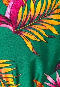 Pour Moi - PARADISO TRIANGLE HIDDEN UNDERWIRED - Bikinitop - green - 2