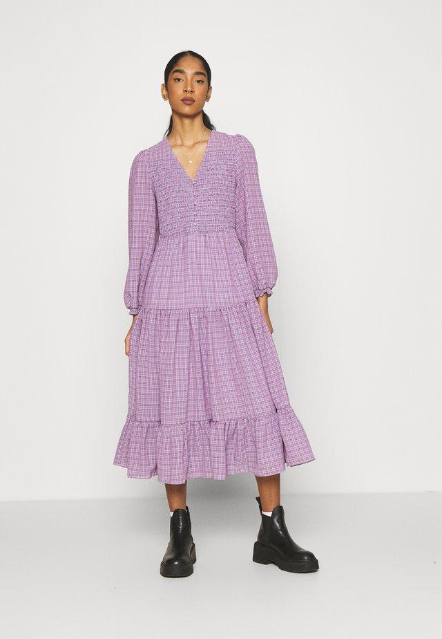 KARLA DRESS - Maksimekko - purple