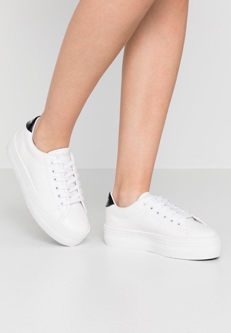 No Name - PLATO - Sneakers laag - white/black