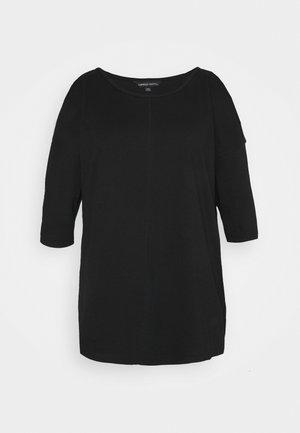 COLD SHOULDER TUNIC - Print T-shirt - black