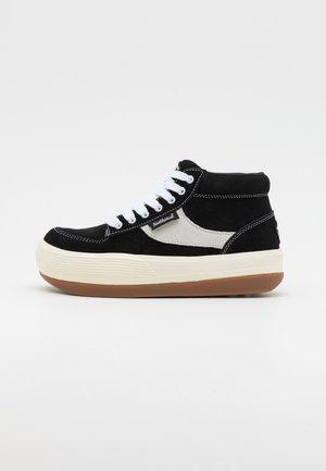 ESPRESSO CHILLI - Sneakersy wysokie - black