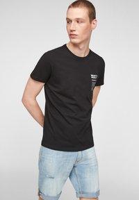 Q/S designed by - Print T-shirt - black - 0