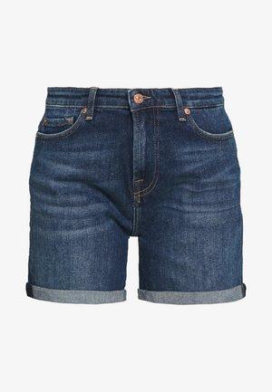 BOY SHORTS - Denim shorts - dark blue
