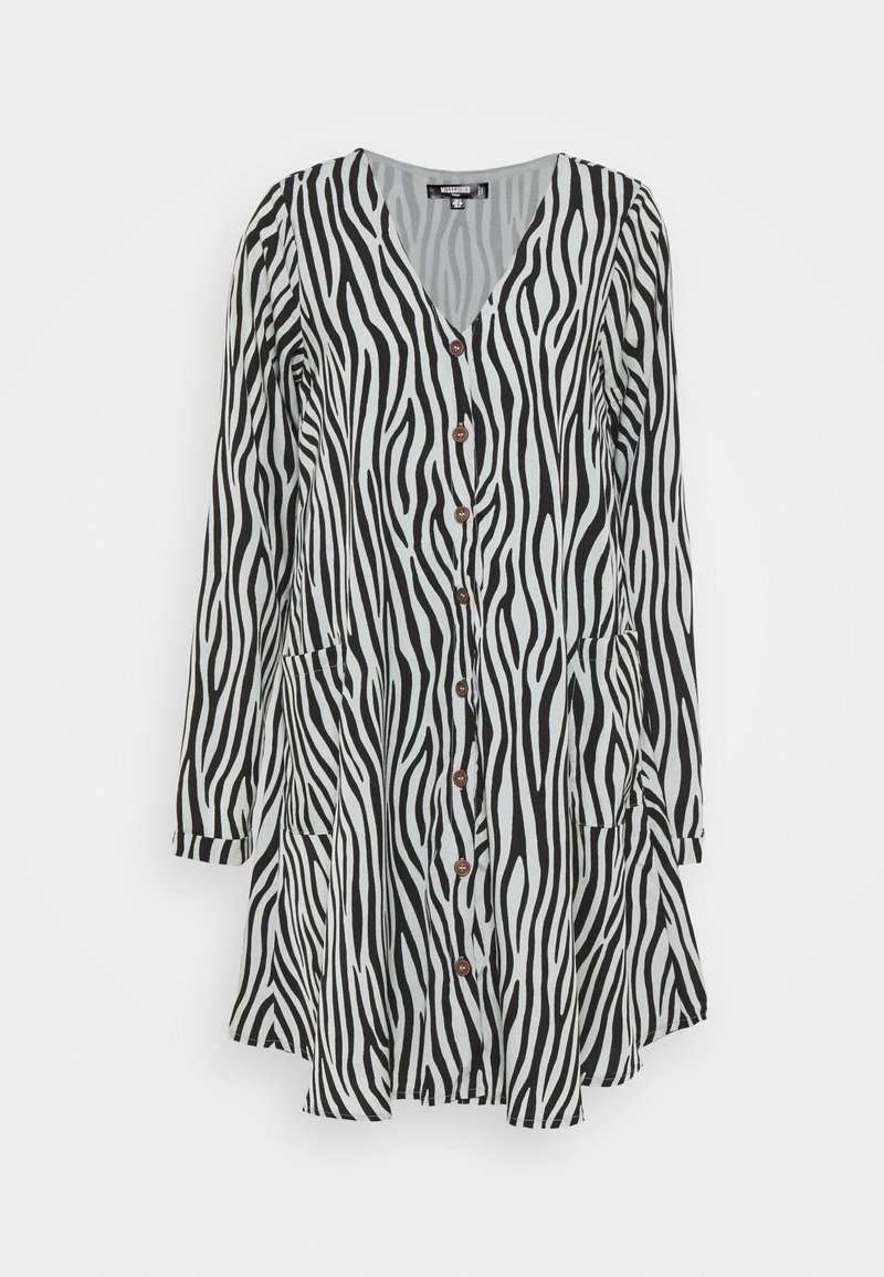 Missguided Tall - BUTTON THRU SMOCK DRESS ZEBRA - Day dress - black