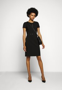 HUGO - KILENE - Pouzdrové šaty - black - 1