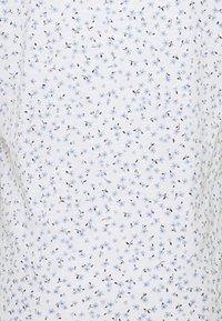 edc by Esprit - V NECK TEE - Print T-shirt - white - 2