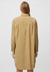 Marc O'Polo - DRESS CUFFED SLEEVE - Shirt dress - sandy beach - 2