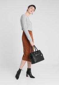 L. CREDI - MAXIMA - Handbag - black - 1
