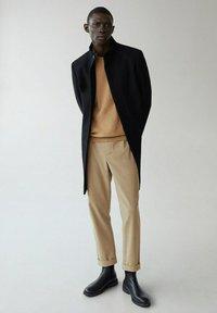 Mango - FUNNEL-I - Classic coat - schwarz - 1