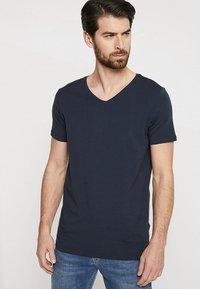 Petrol Industries - 2 PACK - Basic T-shirt - deep navy - 1