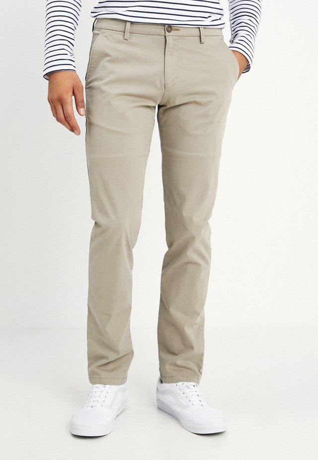 Pantalones chinos - beige