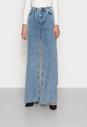 WIDE LEG TALL - Straight leg jeans - mid blue