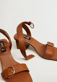 Mango - MORE - Sandals - halvbrun - 6