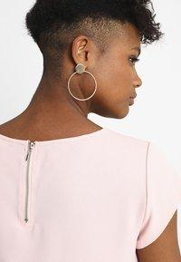 ONLY - ONLVIC SOLID  - Camiseta básica - rose quartz - 3