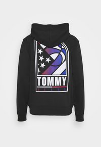 Tommy Jeans - BASKETBALL GRAPHIC  - Zip-up hoodie - black - 1