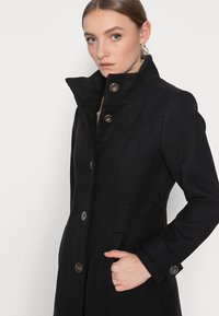 Wallis Petite - FUNNEL - Classic coat - black - 3