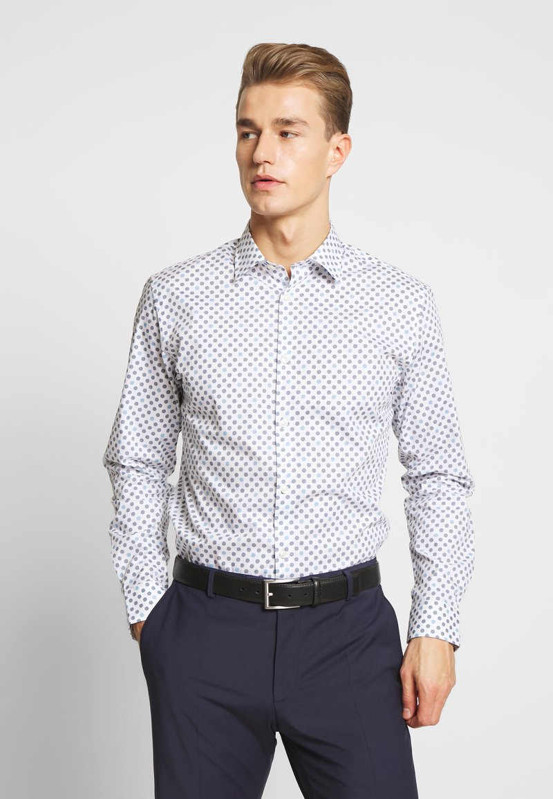 Selected Homme - SLHSLIMPEN MARVIN - Shirt - bright white