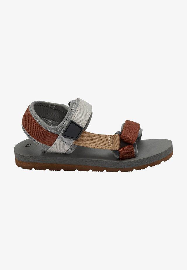 TREKKER - Chodecké sandály - grey