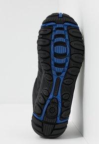 Merrell - ACCENTOR SPORT GTX - Zapatillas de senderismo - black/sodalite - 4