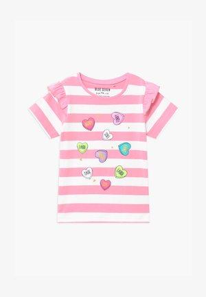 SMALL GIRLS STRIPE HEART - Triko spotiskem - azalee