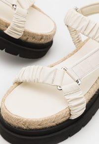 3.1 Phillip Lim - NOA STRAPPY PLATFORM SLIDE - Platform sandals - creme brulee - 5