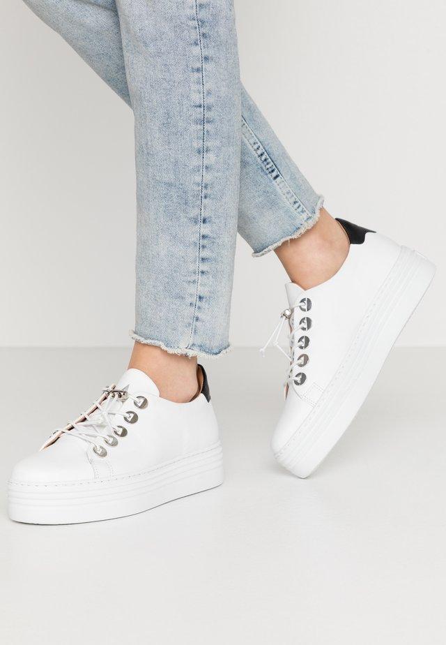 Sneakers - bianco/nero