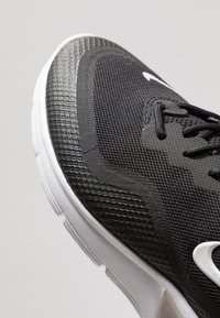 Nike Performance - AIR MAX SEQUENT 4.5 - Neutral running shoes - black/white - 5