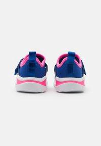 adidas Performance - FORTARUN X UNISEX - Hardloopschoenen neutraal - team royal blue/solar pink/footwear white - 2