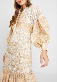 Thurley - MUSE DRESS - Długa sukienka - gold raid tile - 5