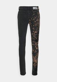 Diesel - D-AMNY-Y-SP2 - Slim fit jeans - rust - 1