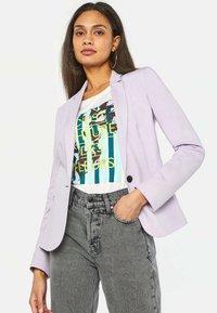 WE Fashion - Blazer - light purple - 0