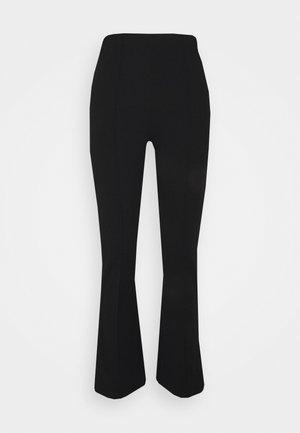 PCGWUNDA KICK FLARED PANT TALL - Kalhoty - black