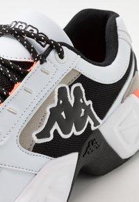Kappa - KRYPTON - Sports shoes - white/black - 5
