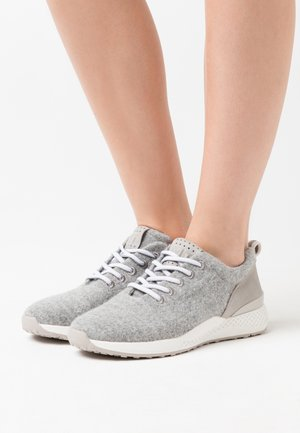LACE UP - Sneakersy niskie - grey
